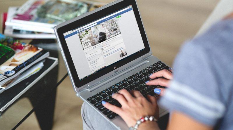 Profil na sociálnych sieťach - hľadanie práce